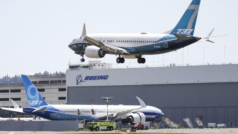 طائرة بوينغ 737 ماكس تقترب من الحصول على موافقة للتحليق مجدداً