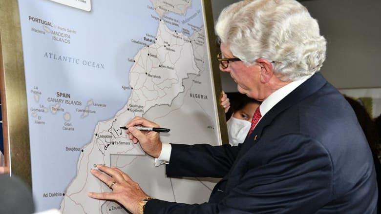 السفير الأمريكي بالرباط ينشر خريطة المغرب الجديدة تضم الصحراء الغربية: هدية الملك