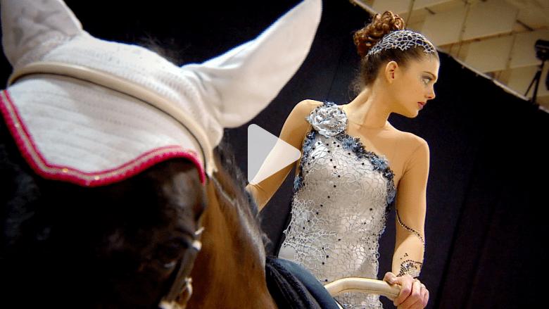 تعرفوا إلى ملكة الوثب على الحصان