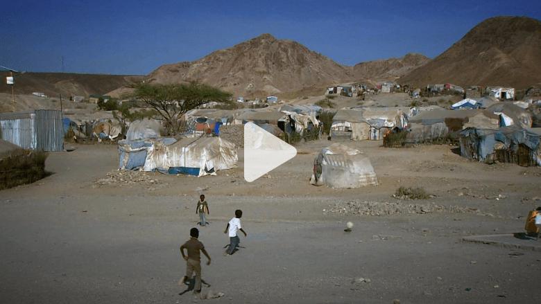 بالفيديو.. هذه هي الظروف التي تدفع اللاجئين للمغامرة برحلات الموت إلى أوروبا