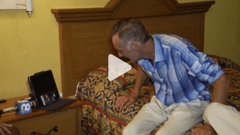 بالفيديو.. لحظة لقاء عازف بيانو مشرد بابنه بعد 15 سنة من الفراق
