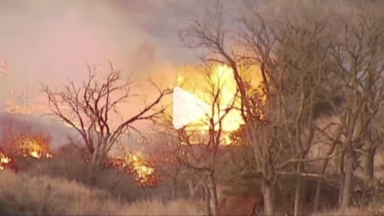 بالفيديو: حرائق الغابات المشتعلة تهدد آلاف المنازل في كنساس وأوكلاهوما