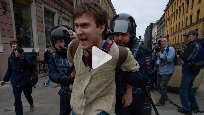 قبل تنصيب بوتين.. حملة اعتقالات تطال معارضين للحكومة الروسية