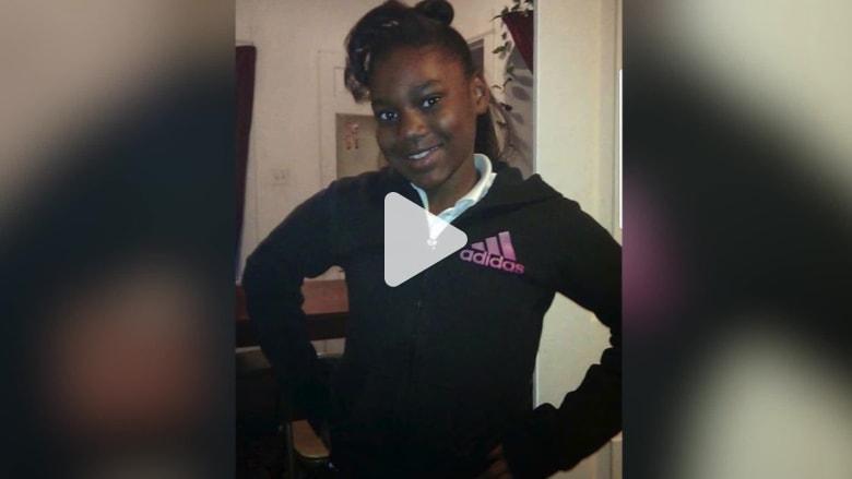 مقتل طفلة بغرفة نومها بعد مقالتها عن العنف المسلح