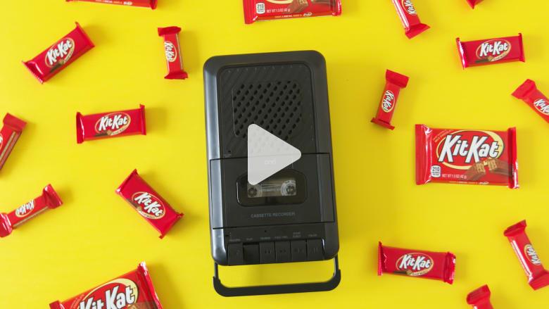 """كُتبت في مصعد.. إليكم قصة أشهر أغاني إعلانات """"كيت كات"""""""