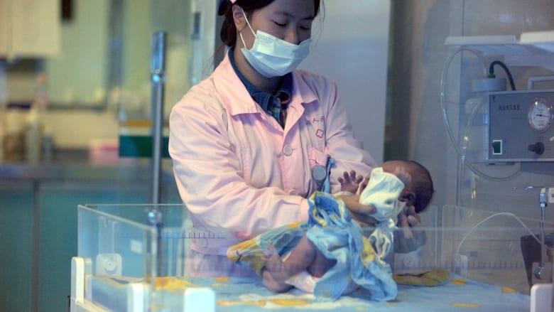 الإعدام لطبيبة صينية تتاجر بالمواليد الجدد