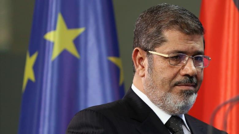 صحف: صورة لمرسي وزوجته تثير الجدل وجهاد مقدسي وجه المعتدلين بسوريا