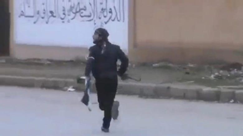 فيديو لسيطرة الجبهة الاسلامية على مقرات داعش