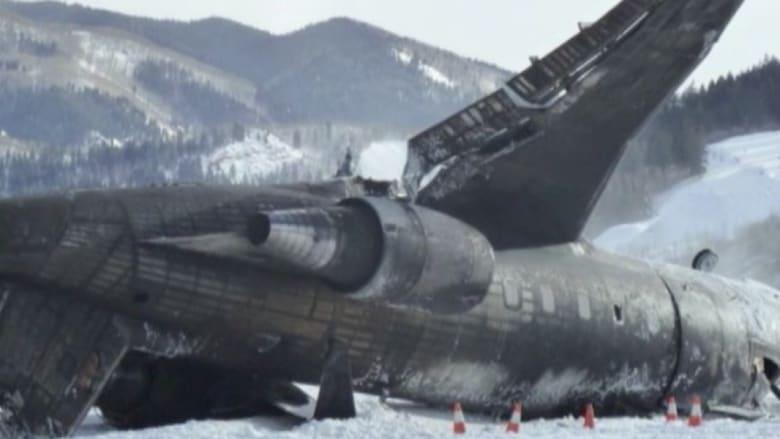 مشاهد مرعبة للحظة تحطم طائرة في كولورادو