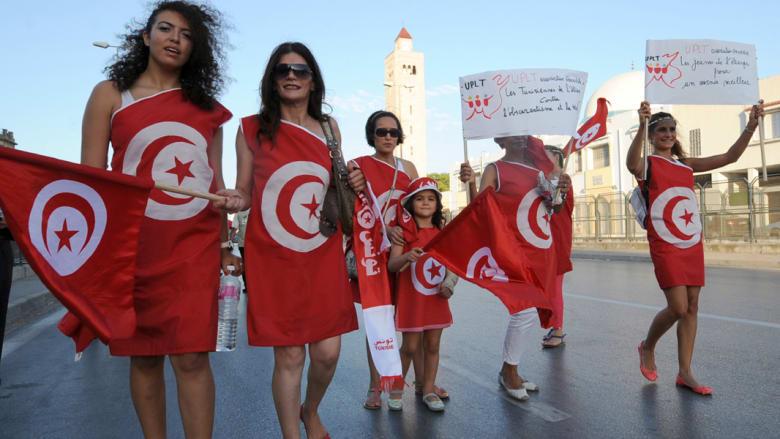 ثلاث سنوات من الثورة... تونس انتفضت من أجل الكرامة وليس من أجل ربيع عربي