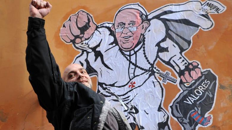 """البابا """"سوبرمان"""" يحلق على جدران شوارع روما"""