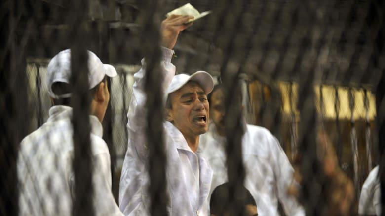 """مصر.. النقض تأمر بإعادة محاكمة المتهمين بـ""""مجزرة بورسعيد"""""""