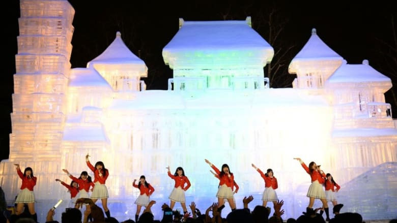 منحوتات ثلجية مذهلة بمهرجان سوبورو سنو