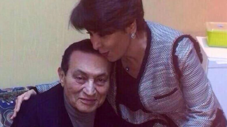 كاتبة كويتية قابلت مبارك: السيسي سيترشح خلال ساعات ببرنامج نووي