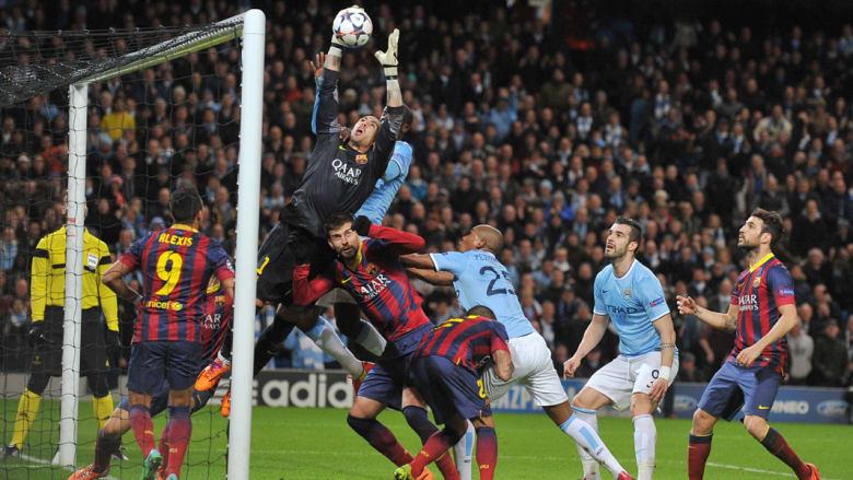 بالصور.. برشلونة يتجاوز مانشيستر سيتي بهدفين