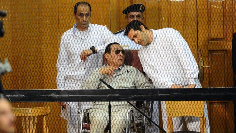 مبارك ينكر اتهامه ونجليه بالاستيلاء على أموال قصور الرئاسة