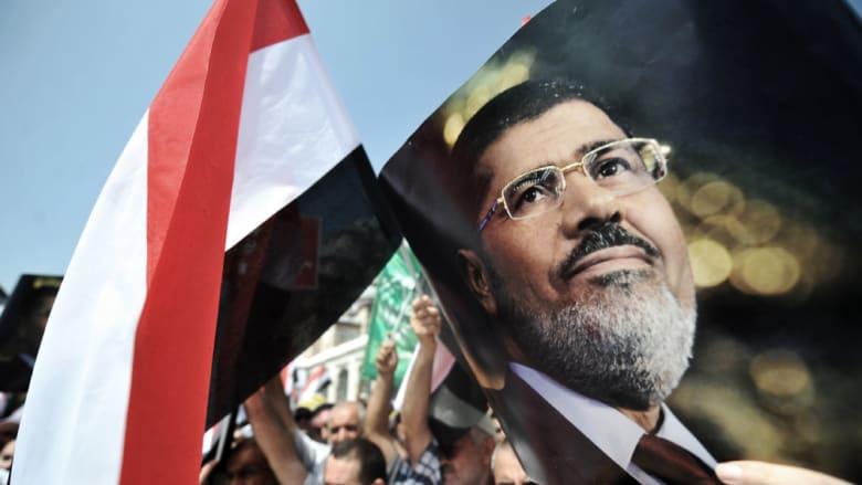 """وقف بت قضية اتهام مرسي بالتخابر لحين الفصل بطلب """"رد المحكمة"""""""