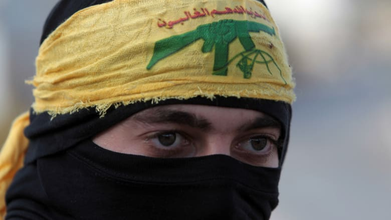 بعد مقتل ضابط إماراتي.. خلفان: منفذ انفجار البحرين تدرب بلبنان