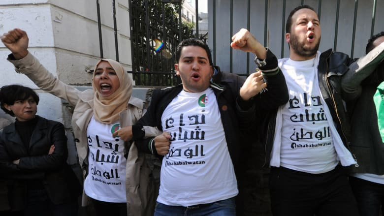 """الجزائر.. حركة """"بركات"""" تدعو لمقاطعة الانتخابات وإقامة جمهورية ثانية"""