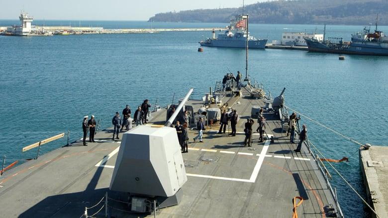 قوات أمريكية تسيطر على ناقلة نفط تسببت بأزمة سياسية وأمنية في ليبيا