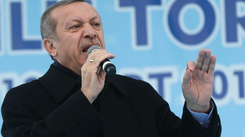 أردوغان: فلينظر من يتهمني بالديكتاتورية إلى أحكام الإعدام بمصر