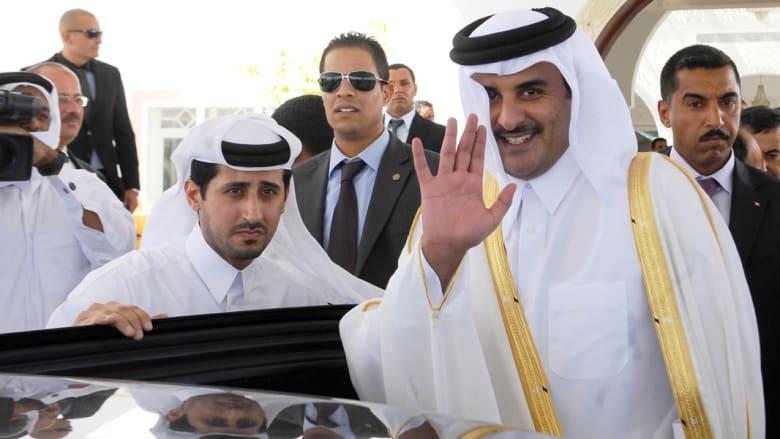 """أمير قطر أمام القمة العربية: مصر شقيقة كبرى والأسد ماض بغيّه ونرفض """"دمغ"""" المعارضين بالإرهاب"""