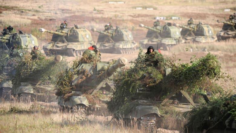 مصدر: 30 ألف جندي روسي ومجنزرات ومدفعية على حدود أوكرانيا