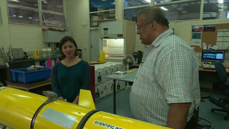 عالم بحار لـ CNN : نظرية بجثو الطائرة الماليزية في قاع المحيط دون تحطم