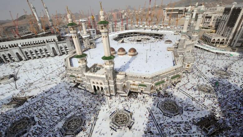ترجمة فورية لخطبة الجمعة في المسجد الحرام بخمس لغات