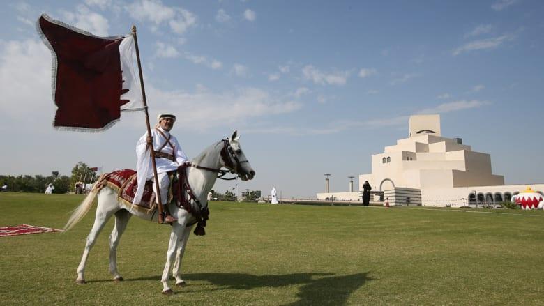 خلفان يطالب بضم قطر لدولة الإمارات لتصبح الإمارة الثامنة