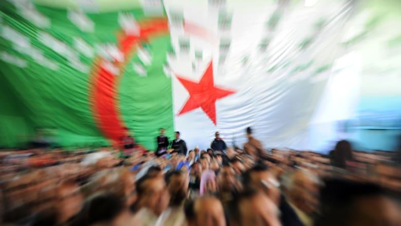كرسي رئاسة الجزائر يخلق فتنة بين المرشحين الستة
