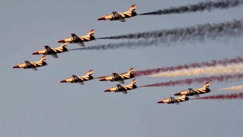 طائرات مقاتلة مصرية لأول مرة في سماء البحرين