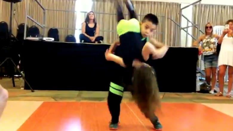 مليون مشاهدة في 10 أيام لرقصة طفلين في اسرائيل