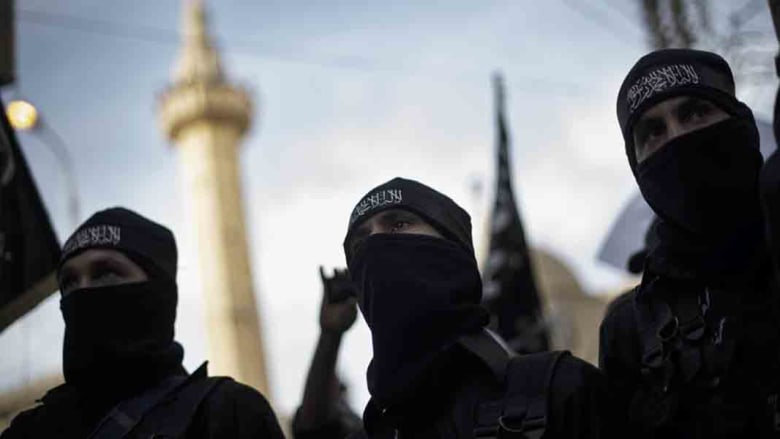 """داعش تفسر تكفيرها لهيئة الائتلاف بسوريا وأن الجبهة الإسلامية """"تلبسوا بمناطات كفرية"""""""