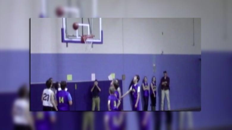 صبي ضرير يحترف كرة السلة!!