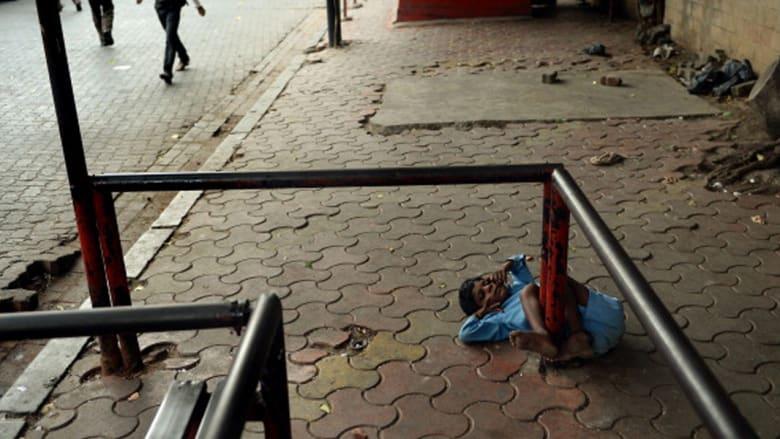طفل هندي من ذوي الاحتياجات الخاصة