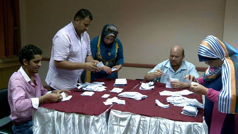CNN ترصد عملية إحصاء الأصوات بالقاهرة