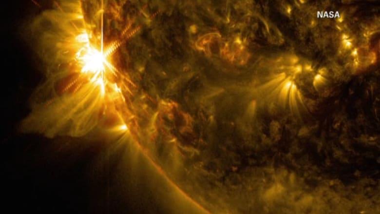 """أحدث الانفجارات الصيفية على سطح الشمس كما رصدتها """"ناسا"""""""