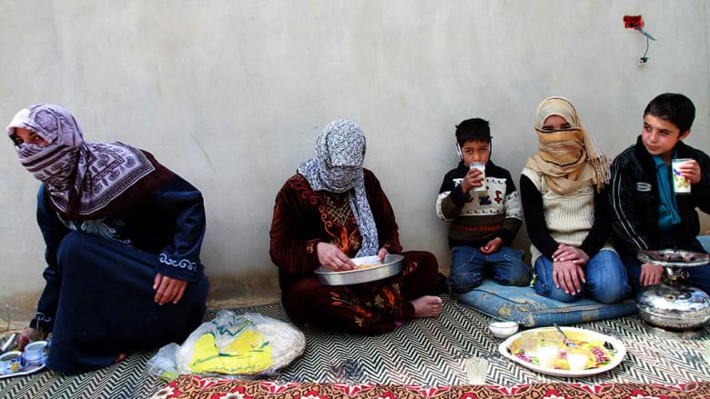 صحف: غذاء الحصار في حمص وباسم يوسف يعود بعيدا عن السياسة