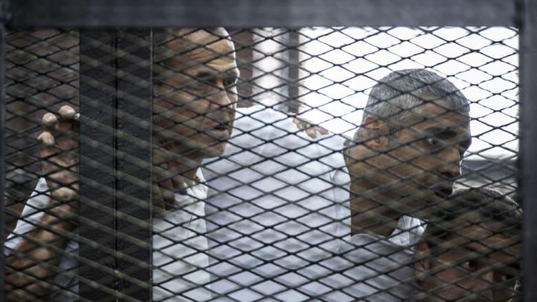 مصر ترفض انتقاد الخارج لنظامها القضائي بعد الأحكام على صحفيي الجزيرة