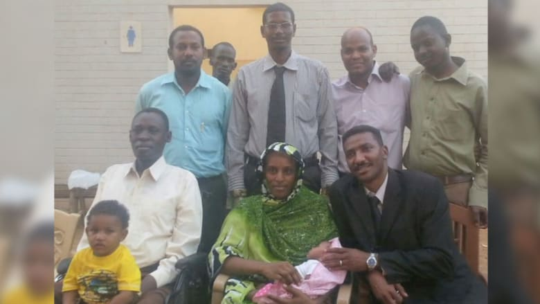إعادة القبض على مريم يحيى بعد إطلاق سراحها القصير بالخرطوم