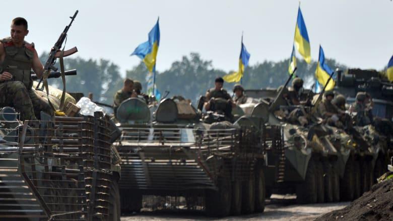 أوكرانيا تشتعل من جديد .. 19 جندي يقتلون بقصف الانفصاليين