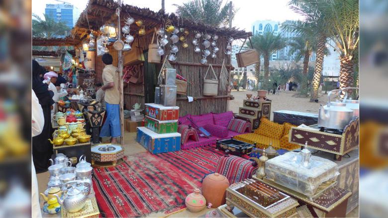 رمضان بعبق الألوان والروائح في سوق أبوظبي