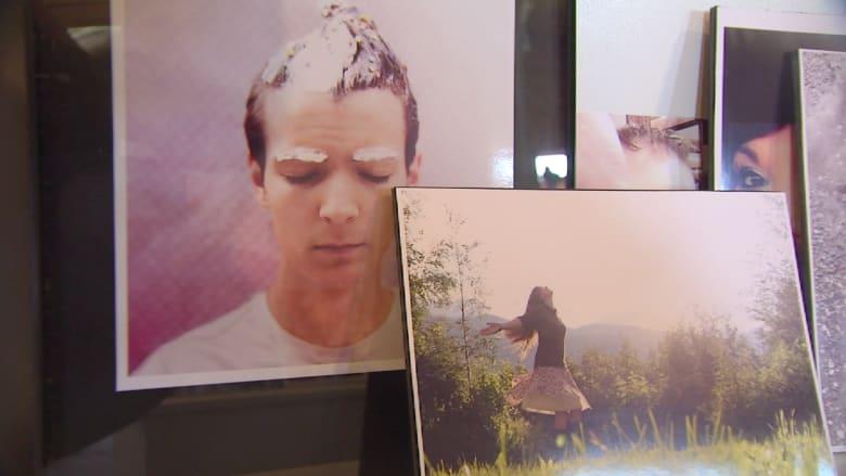 """متحف يحول صور """"السيلفي"""" إلى معرض للزوار"""