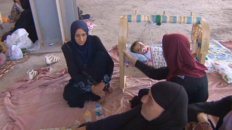 """CNN شاهدة على معاناة الفارين من الموت على أيدي """"داعش"""" بالعراق"""
