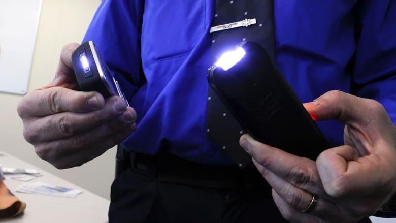 بأمريكا: الشرطة تشل حركة طفلة في الثامنة بجهاز صعق كهربائي.. والأم تشتكي