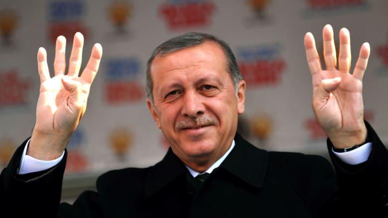 """مرسي وإخوان مصر وحركة حماس """"يباركون"""" لأردوغان فوزه برئاسة تركيا"""