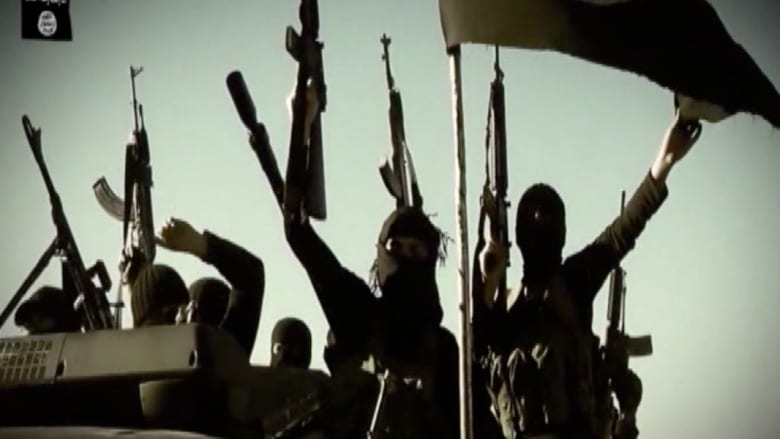 أعلام داعش وصور البغدادي في لندن تجدد مخاوف انتقال الجهاد لأوروبا