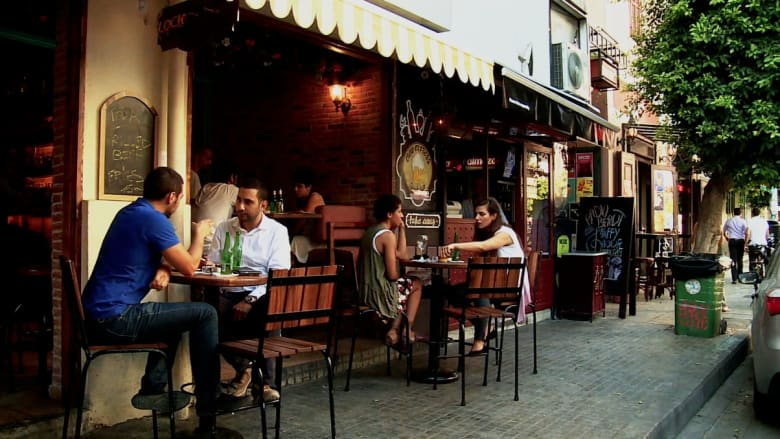 تحت السطح في بيروت.. مزيج من التاريخ والحضارة وحب التغيير