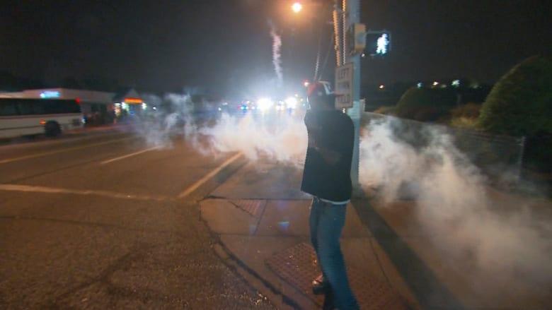 مشاهد مذهلة من قلب الاشتباكات في فيرغسون